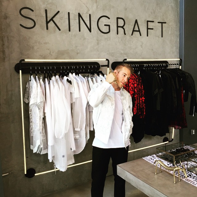 All up @skingraftdesigns keeping it ⚪️◻️⚪️◻️ clean 🙏